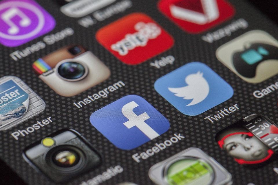 L'importanza di creare un'immagine coerente per il tuo business sui social